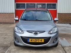 Mazda-2-1
