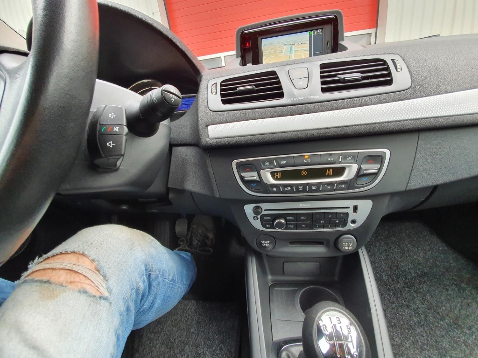 Renault-Mégane-12